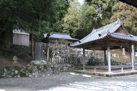 03-01-Otoshijinja